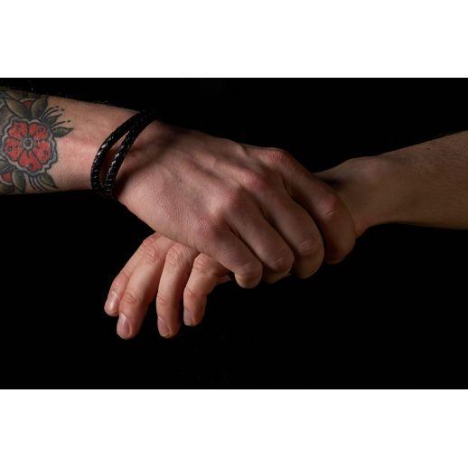 Плетеный кожаный браслет двойной FB403BLK